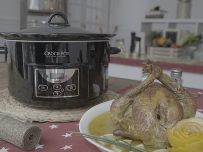 Apúntate a una Navidad slow: cómo hacer pularda asada en Crock-Pot
