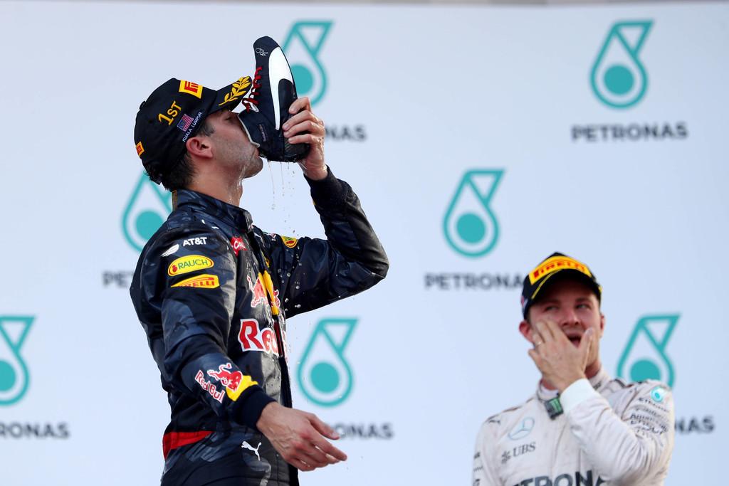 Resultado de imagen para Daniel Ricciardo ganó la GP de Malasia