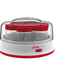 Por 19,92 euros tenemos la yogurtera eléctrica Ufesa YG3000 en Amazon con siete tarros de cristal