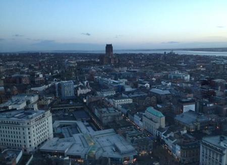 Liverpool desde las alturas: el faro St. John