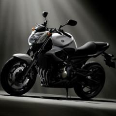 Foto 2 de 18 de la galería yamaha-xj6-otra-naked-para-2009 en Motorpasion Moto