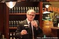 Cómo servir una pinta de Guinness perfecta