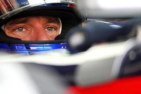 GP de Malasia 2010: Mark Webber, Lewis Hamilton y Sebastian Vettel avisan en los terceros libres