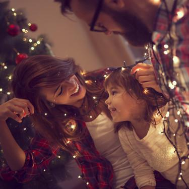 Villancicos de Navidad: las 25 más bonitas canciones navideñas para cantar en familia