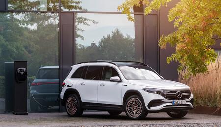 El Mercedes-Benz EQB es el único SUV que puede plantar cara al Tesla Model Y, con siete plazas y 419 km de autonomía