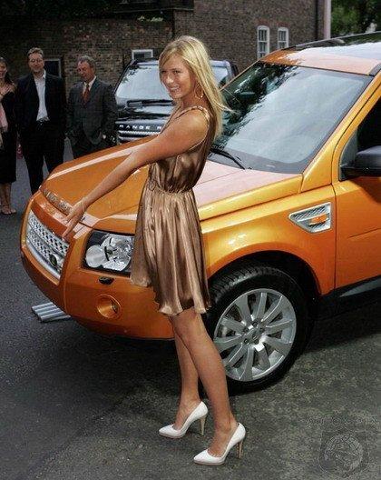Maria Sharapova Land Rover LR2