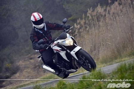 """Motorpasión a dos ruedas: probamos la Honda CBR500F y la """"rompedora"""" MV Agusta de Justin Bieber"""