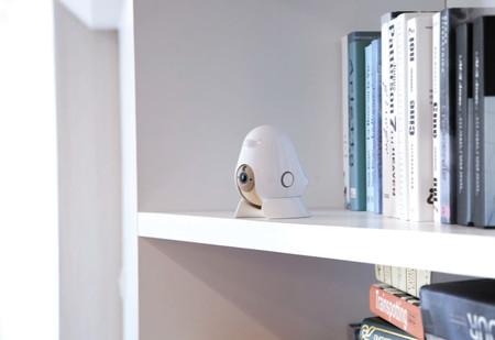 Este monitor vigilabebés hace uso de la Inteligencia Artificial para controlar al bebé mientras duerme