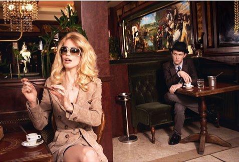 Foto de Claudia Schiffer y Joseph Gordon-Levitt (1/10)