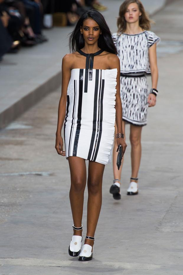 Foto de Chanel Primavera-Verano 2015 (18/65)