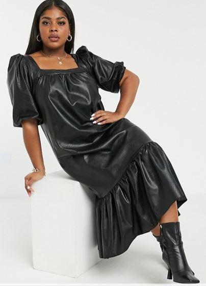 Vestido midi negro estilo trapecio con escote cuadrado y sobrefalda efecto cuero