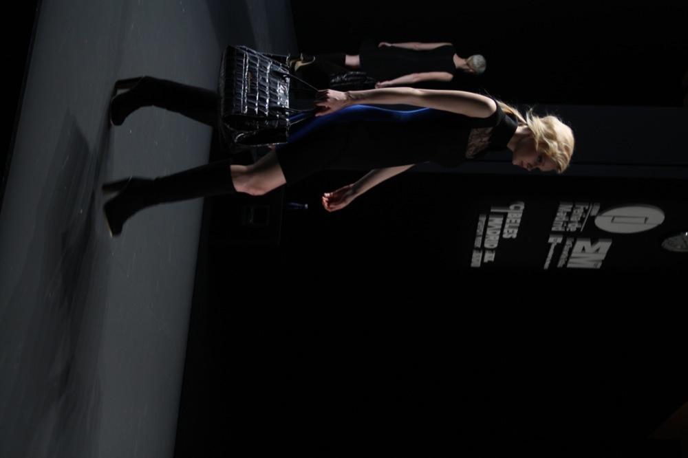 Foto de Adolfo Domínguez en la Cibeles Madrid Fashion Week Otoño-Invierno 2011/2012 (15/106)