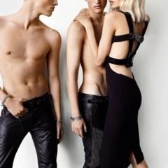 Foto 5 de 5 de la galería versace-y-su-campana-para-la-primavera-verano-2011 en Trendencias Hombre