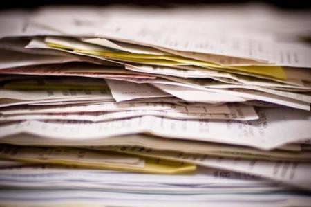 Adiós a la factura electrónica por defecto y al cobro por solicitar facturas en papel