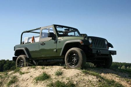 Jeep J8 presentado en el Euro Camp Jeep 2008