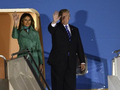 Melania e Ivanka Trump, dos looks de sobresaliente en las primeras imágenes de su viaje a Polonia