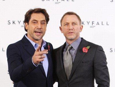 Javier Bardem vs Daniel Craig en Skyfall : primer asalto