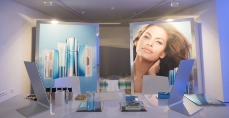 Estée Lauder promete revolucionar nuestra piel y la cosmética con New Dimesion