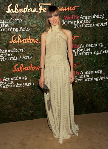 Anya Ziourova con un vestido nude de Salvatore Ferragamo en la Gala inaugural del Centro de Artes escénicas Willis Anneberg
