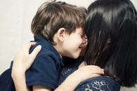El amor maternal / paternal es un nutriente esencial para el cerebro, y puede contribuir a crear seres humanos adaptables