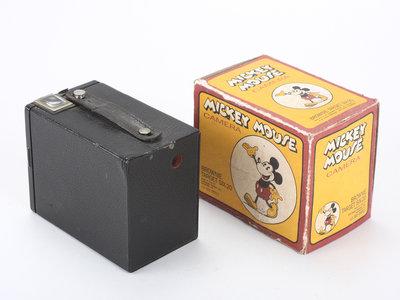 ¡Jo,jo! Una Kodak Brownie edición de Mickey Mouse parece rondar el mundo de las subastas
