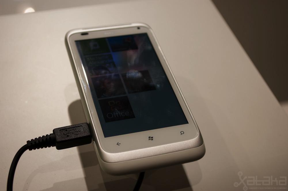 Foto de HTC Titan y HTC Radar en IFA 2011 (13/14)