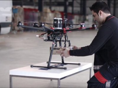 Así se imagina MRW que llegarán los paquetes urgentes con drones a tu casa
