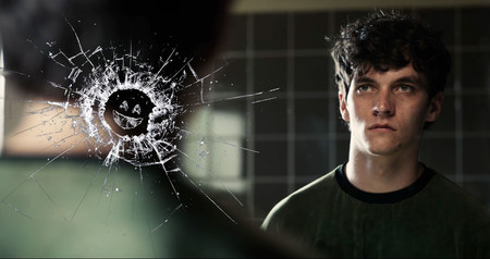 Netflix estrena un tráiler de 'Black Mirror: Bandersnatch' un día antes de su estreno y nos da pistas de este misterioso especial