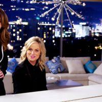 Tina Fey y Amy Poehler calientan voces para los Globos de Oro, la imagen de la semana