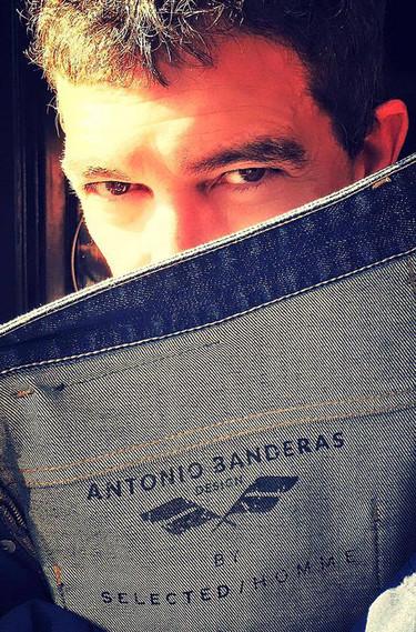 Un Antonio Banderas muy hipster ha presentado su primera colección de moda en Londres