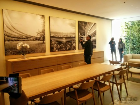 Apple Via Santa Fe Mexico Boardroom