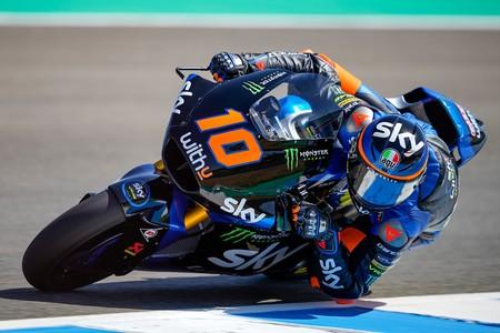 Luca Marini lidera las dos sesiones de Moto2 en Jerez y Arón Canet sigue sorprendiendo en su primer año