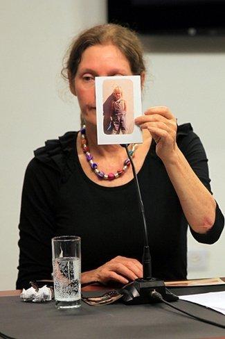 La madre de Assange ya está en Ecuador