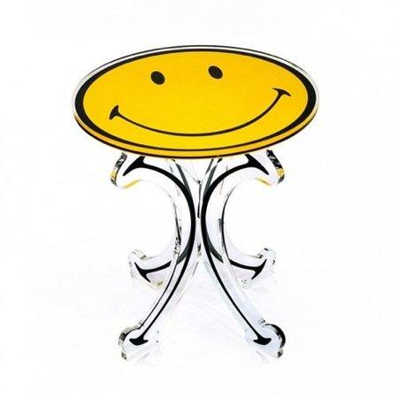 Los muebles sonrientes de Acrila