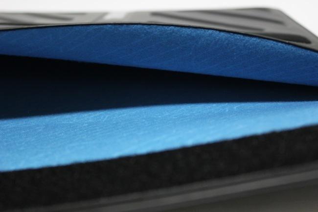 funda Thule interior azul