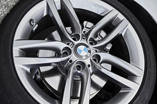 Foto de BMW M240i Convertible (17/18)