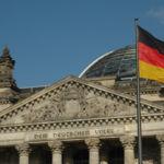 Problemas para WhatsApp en Alemania: prohíben la transferencia de datos a Facebook