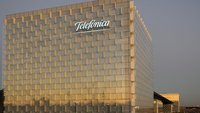 Telefónica multiplica la capacidad de su red IP con el despliegue de interfaces a 100 Gbps