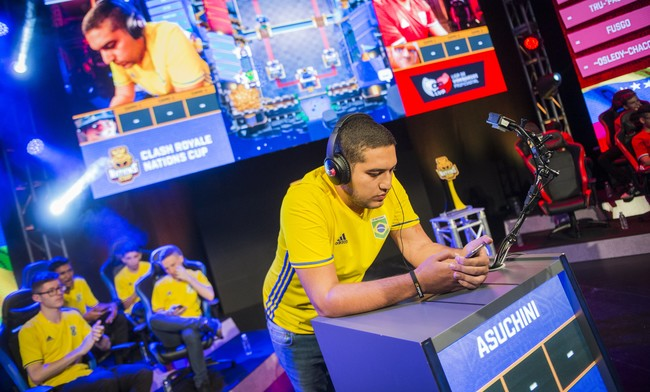 """Asuchini, campeón del CR Nations con Brasil: """"Mucha gente no nos quería aquí tras lo sucedido con China"""""""