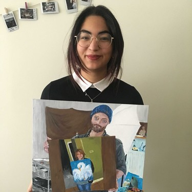 """""""Pinté a alguien posando con su cuadro"""": El bucle de Reddit donde meme y arte se diluyeron en un challenge infinito"""