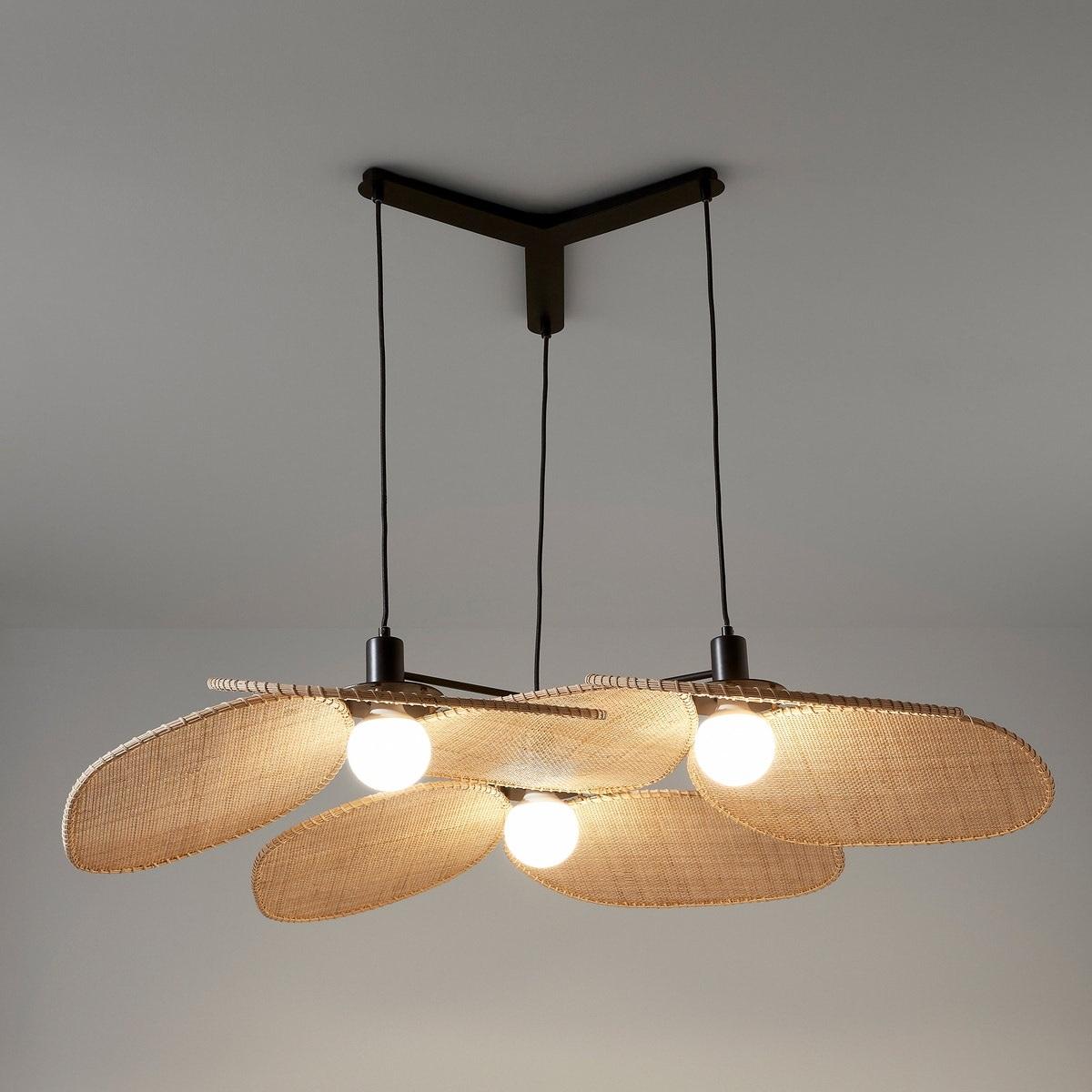 Lámpara de ratán trenzado