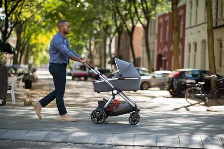 Las últimas novedades en cochecitos y sillitas de paseo para bebé: 19 carritos de tendencia en 2021