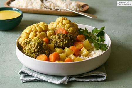 Receta fácil de korma de verduras, el curry suave que es perfecto para estrenarse con la cocina india
