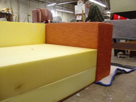 Hazlo t mismo un sof hecho en casa for Como hacer un sillon con una cama