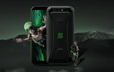 Xiaomi Black Shark: así es el nuevo móvil gaming con refrigeración líquida y botones físicos