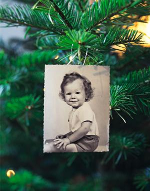 Una buena idea: decora tu árbol de Navidad con fotos