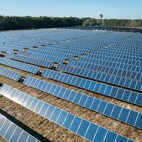 España puede llegar a 2050 sólo con energías renovables. Si invierte 400.000 millones de euros, claro