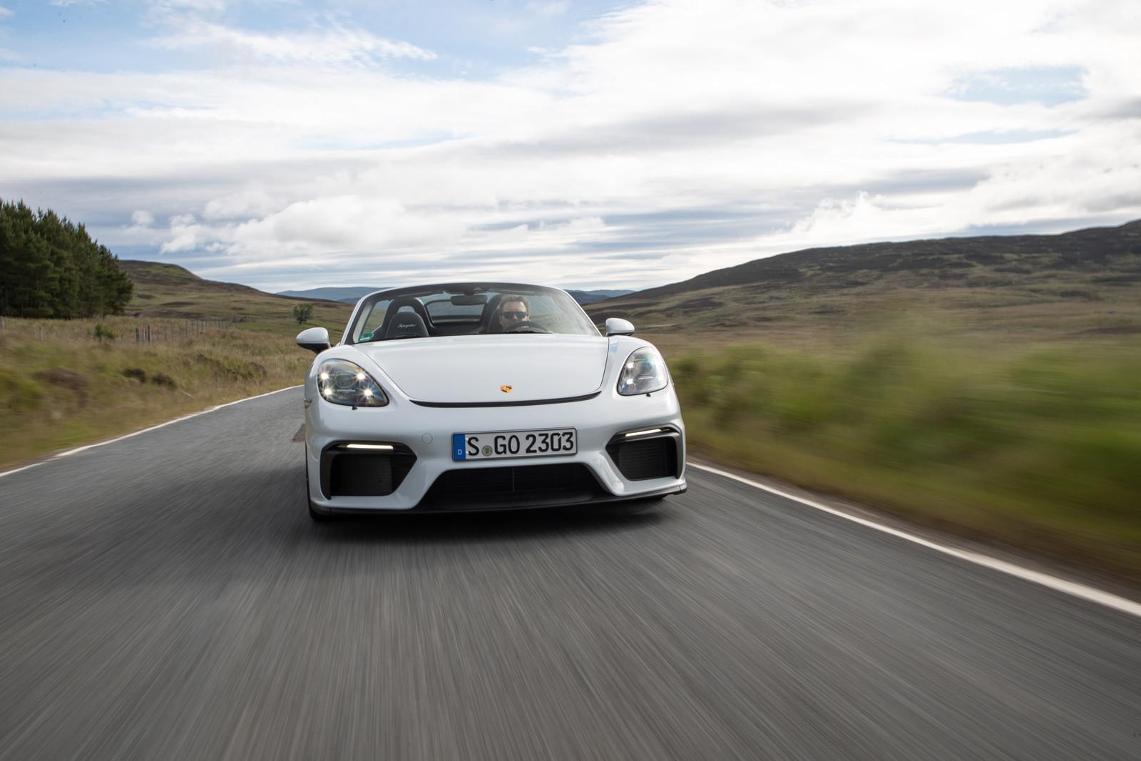 Foto de Porsche 718 Spyder (prueba contacto) (22/296)