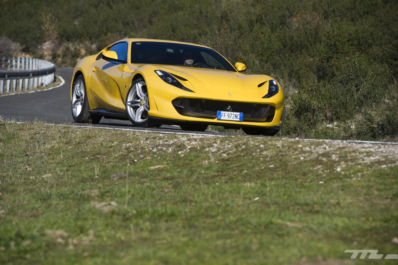 Foto de Ferrari 812 Superfast (prueba) (31/55)