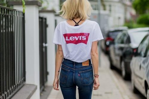 12 pantalones cortos y camisetas Levi's en oferta en Amazon: desde 11 euros